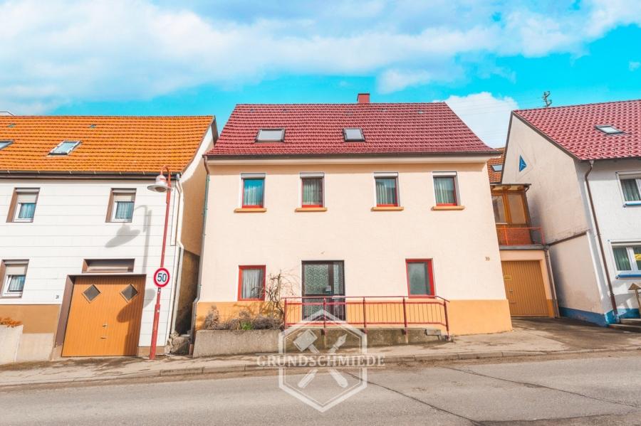 Provisionsfei – Renovierungsbedürftiges Einfamilienhaus in Frommern, 72336 Balingen, Einfamilienhaus