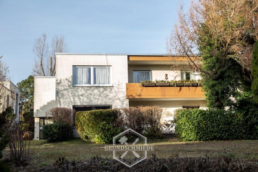 Schönes Wohn- und Geschäftshaus in ruhiger Lage, 70378 Stuttgart, Mehrfamilienhaus