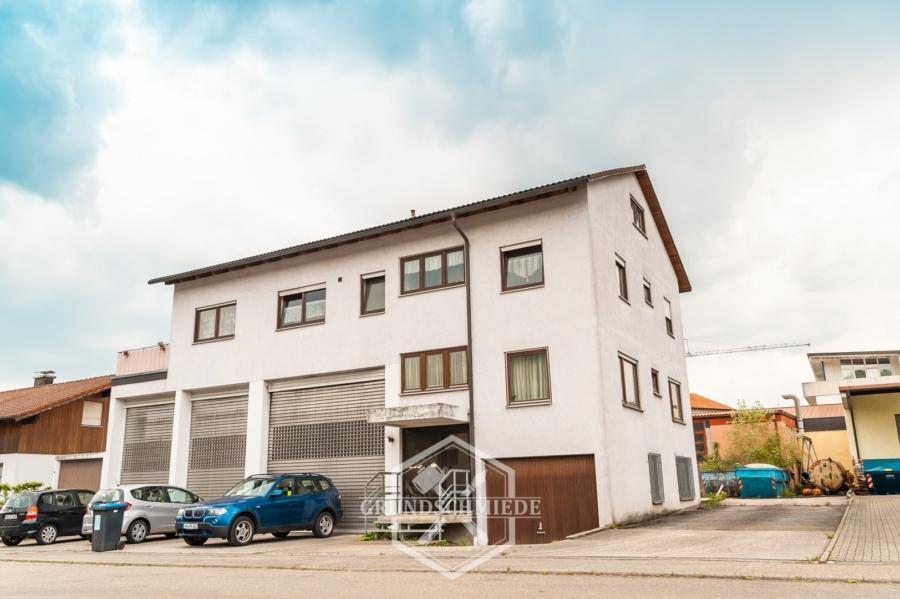 Geräumiges Wohn- und Geschäftshaus, 71404 Stuttgart, Einfamilienhaus