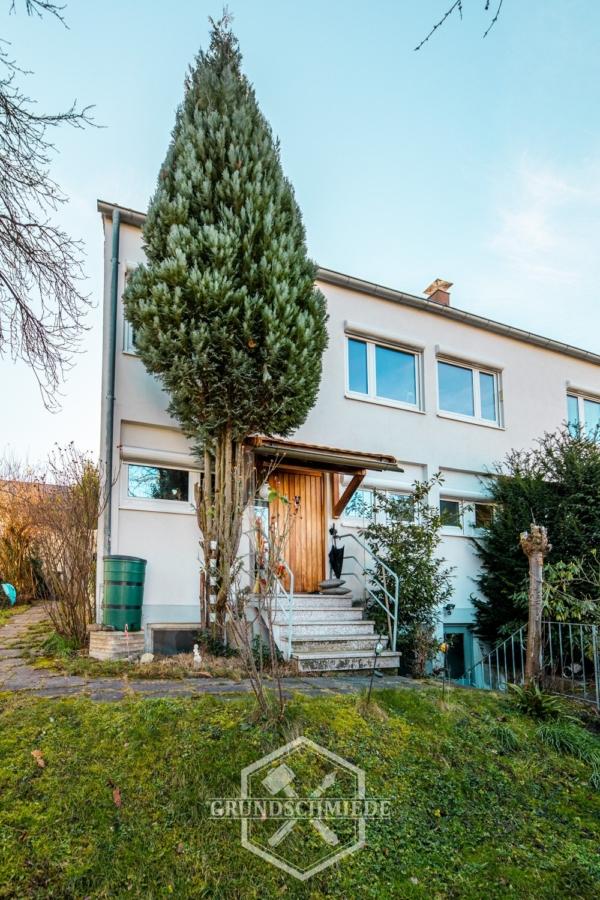 Tolle Doppelhaushälfte in ruhiger Lage, 73765 Neuhausen auf den Fildern, Einfamilienhaus