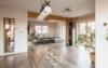 Tolles Einfamilienhaus mit Einliegerwohnung - Perfekt für die ganze Familie! - Wohnzimmer