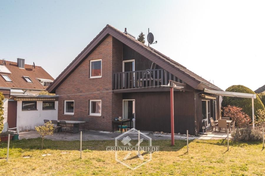 Freistehendes Einfamilienhaus mit Hobbywerkstatt, 71083 Herrenberg, Einfamilienhaus