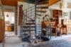 Freistehendes Einfamilienhaus mit Hobbywerkstatt - Wendeltreppe