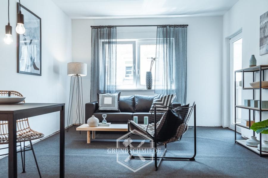 Geniale 3-Zi. WHG mit Garage, 2 Balkone – Provisionsfrei, 70197 Stuttgart, Etagenwohnung