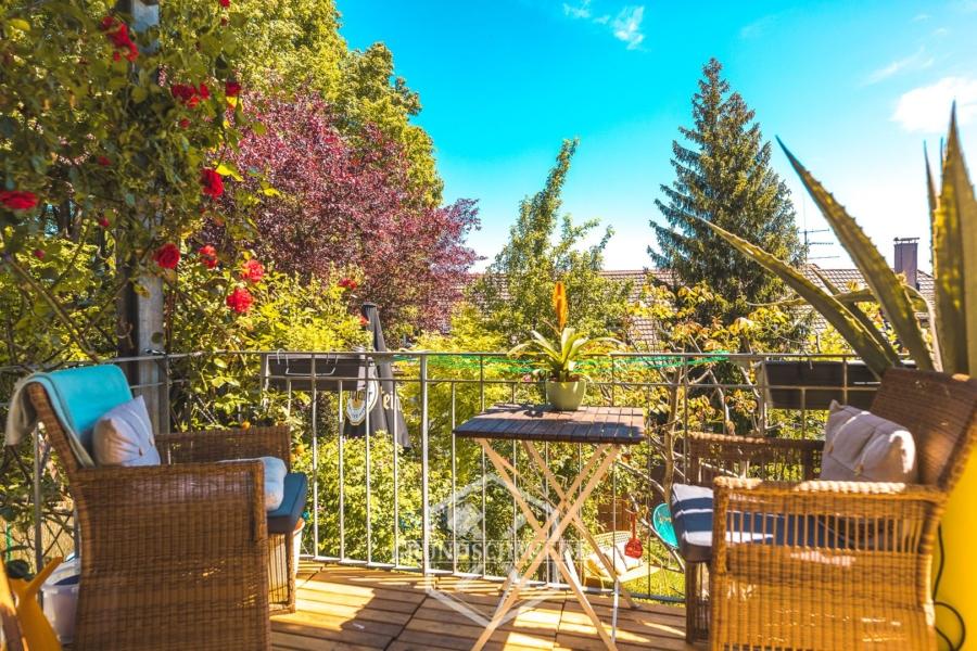 Schöne 3 Zimmer Wohnung mit traumhaftem Garten, 70188 Stuttgart, Erdgeschosswohnung