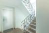 Schöne 3 Zimmer Wohnung mit traumhaftem Garten - Eingangstüre