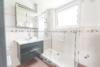 Schöne 3 Zimmer Wohnung mit Balkon - Badezimmer