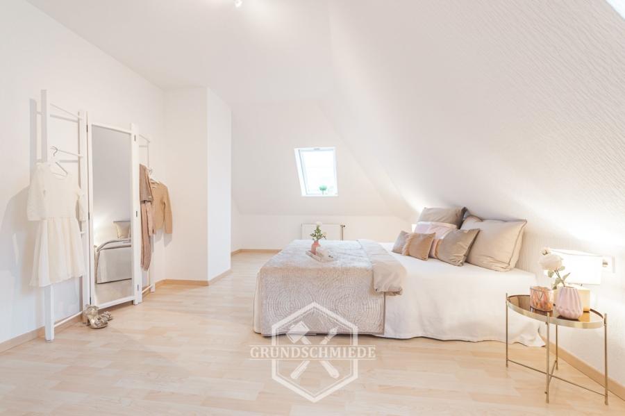 Gut aufgeteilte 4-Zimmer-Wohnung in der Esslinger Altstadt – Provisionsfrei, 73728 Esslingen, Etagenwohnung