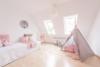 Gut aufgeteilte 4-Zimmer-Wohnung in der Esslinger Altstadt - Provisionsfrei - Kinderzimmer