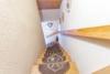 Freistehendes Einfamilienhaus mit großem Garten - Treppenaufgang